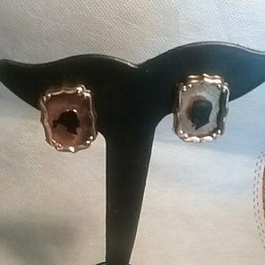 Jewelry - Ear clip earrings